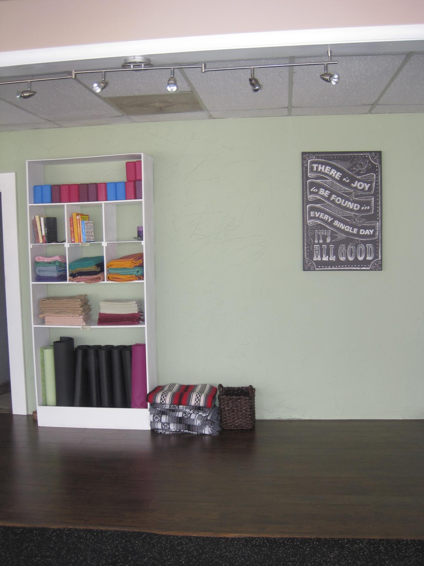 Mat,Blocks, Towels and Books